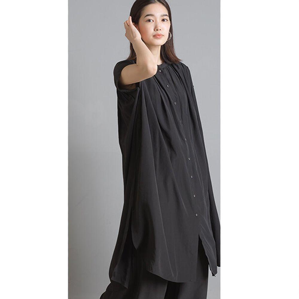 日本 OMNES - 仙氣飄飄光澤感中山領一分袖長版上衣-黑 (Free size)