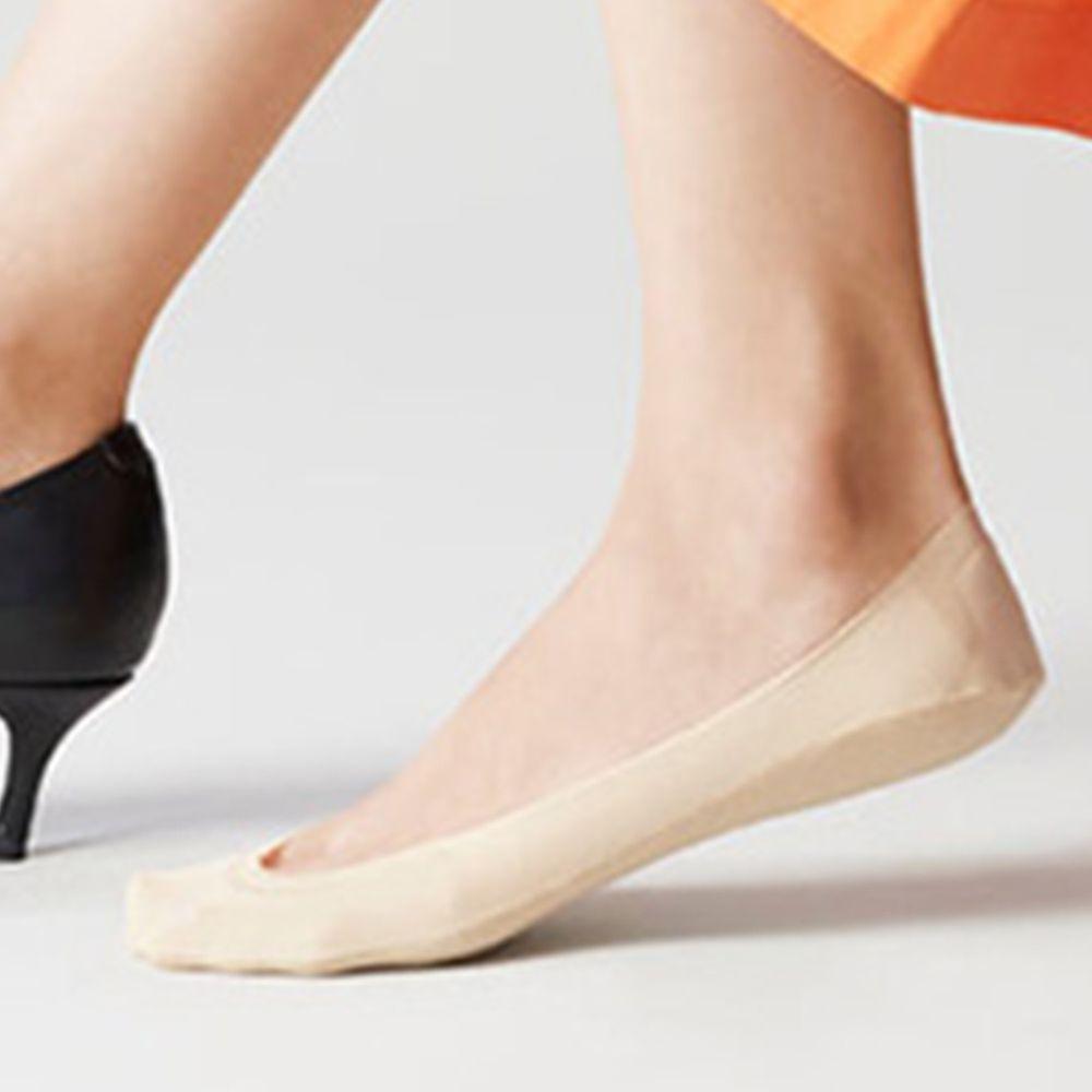 日本 okamoto - 超強專利防滑ㄈ型隱形襪-淺履款-米-足底棉混