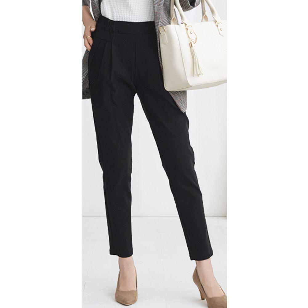 日本女裝代購 - 舒適修身彈性 打褶小尻美腿褲-純黑