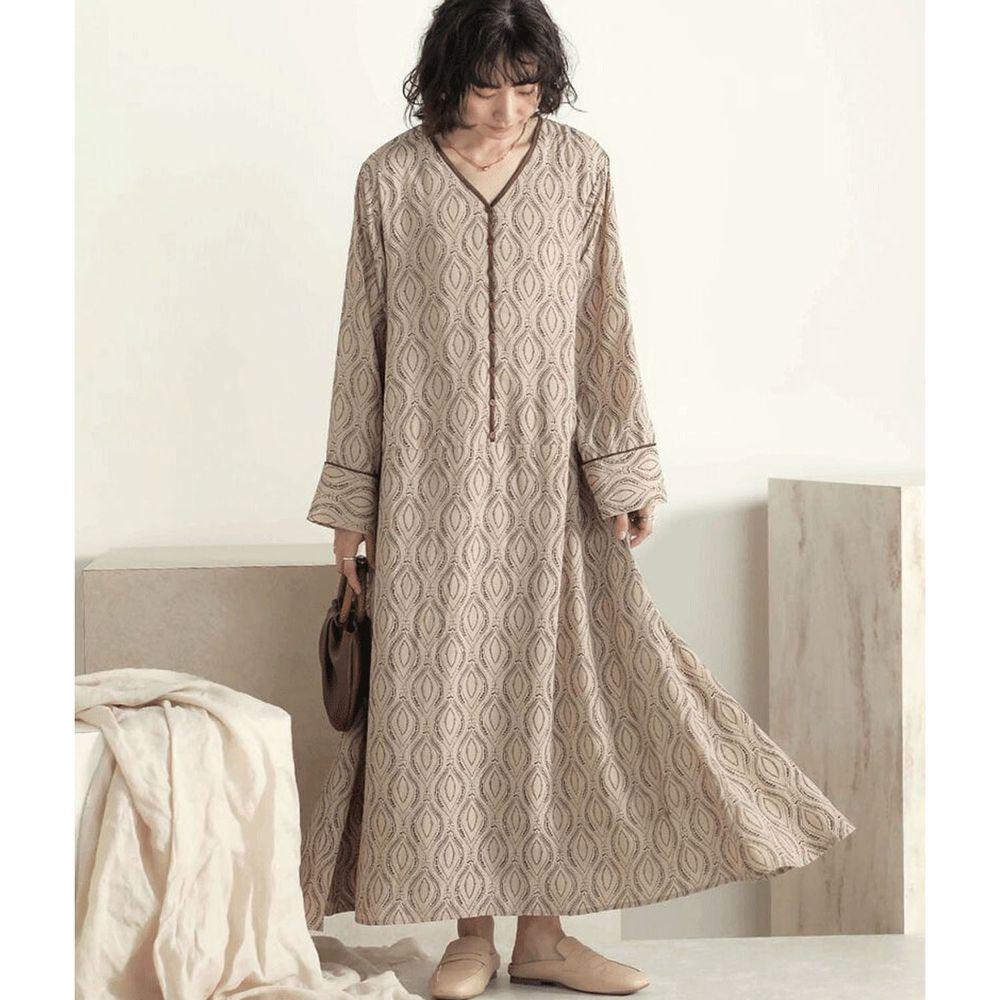 日本 Bou Jeloud - 幾何梭狀圖形雪紡長袖洋裝-杏