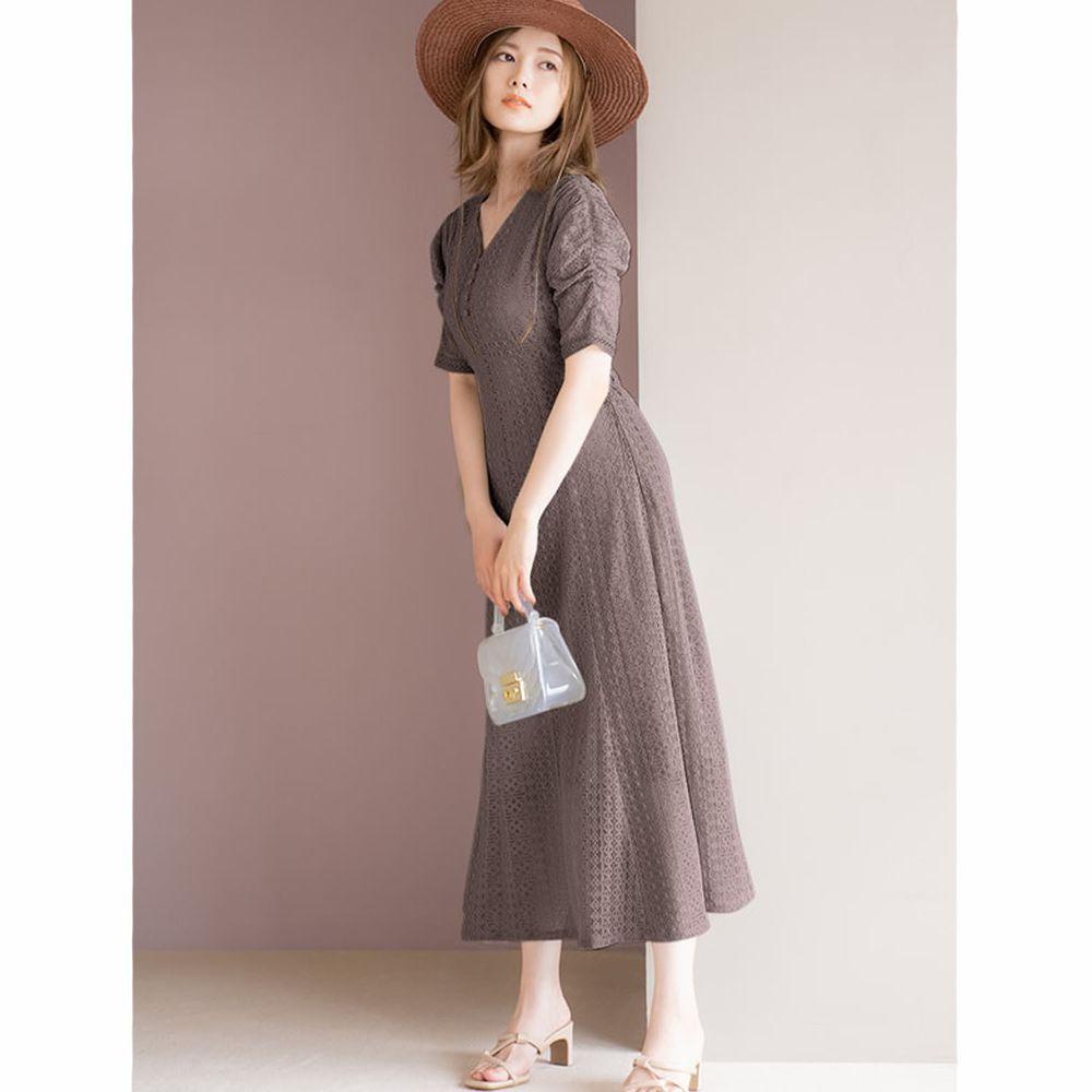 日本 GRL - 明星聯名款 復古蕾絲雕花短袖洋裝-摩卡棕