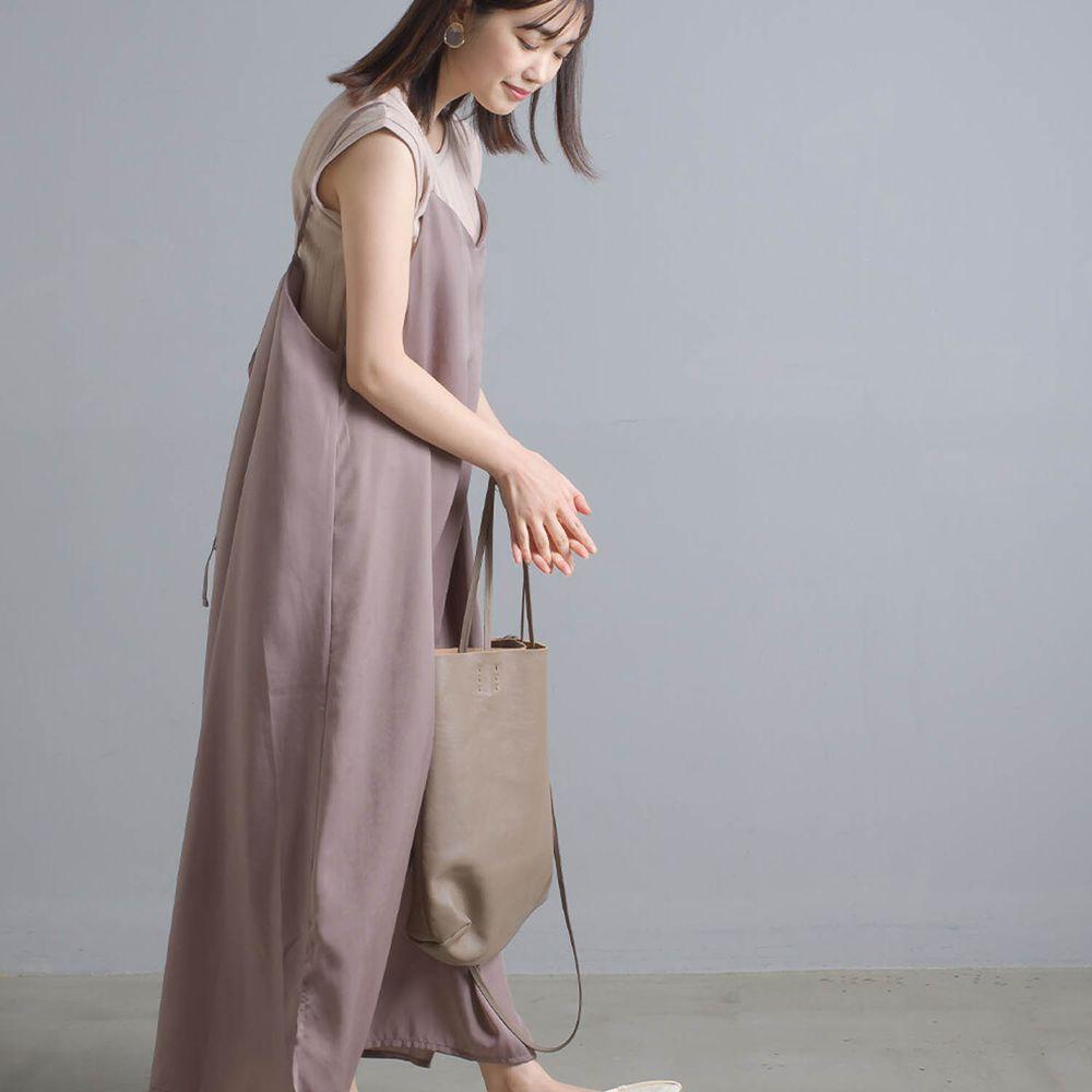 日本女裝代購 - 奢華光澤感細肩帶背心洋裝-摩卡