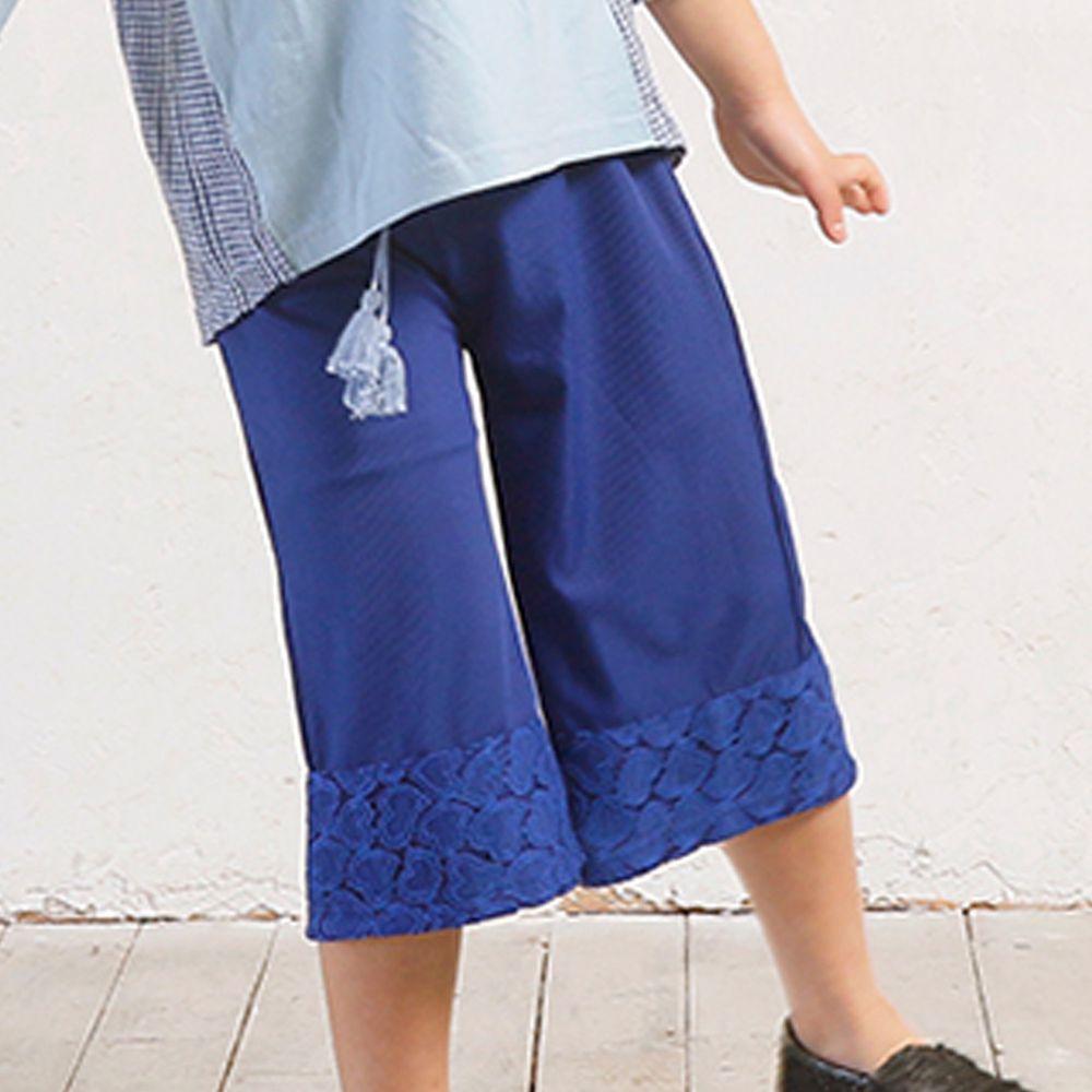 日本 TORIDORY - 褲管愛心蕾絲流蘇綁帶8分寬褲-海軍藍
