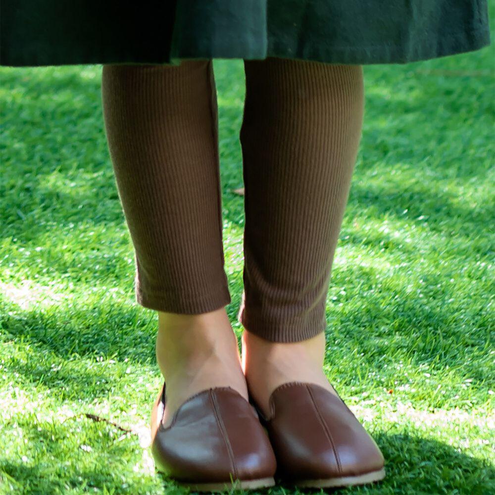 日本 riziere - 羅紋彈性修身內搭褲-摩卡棕