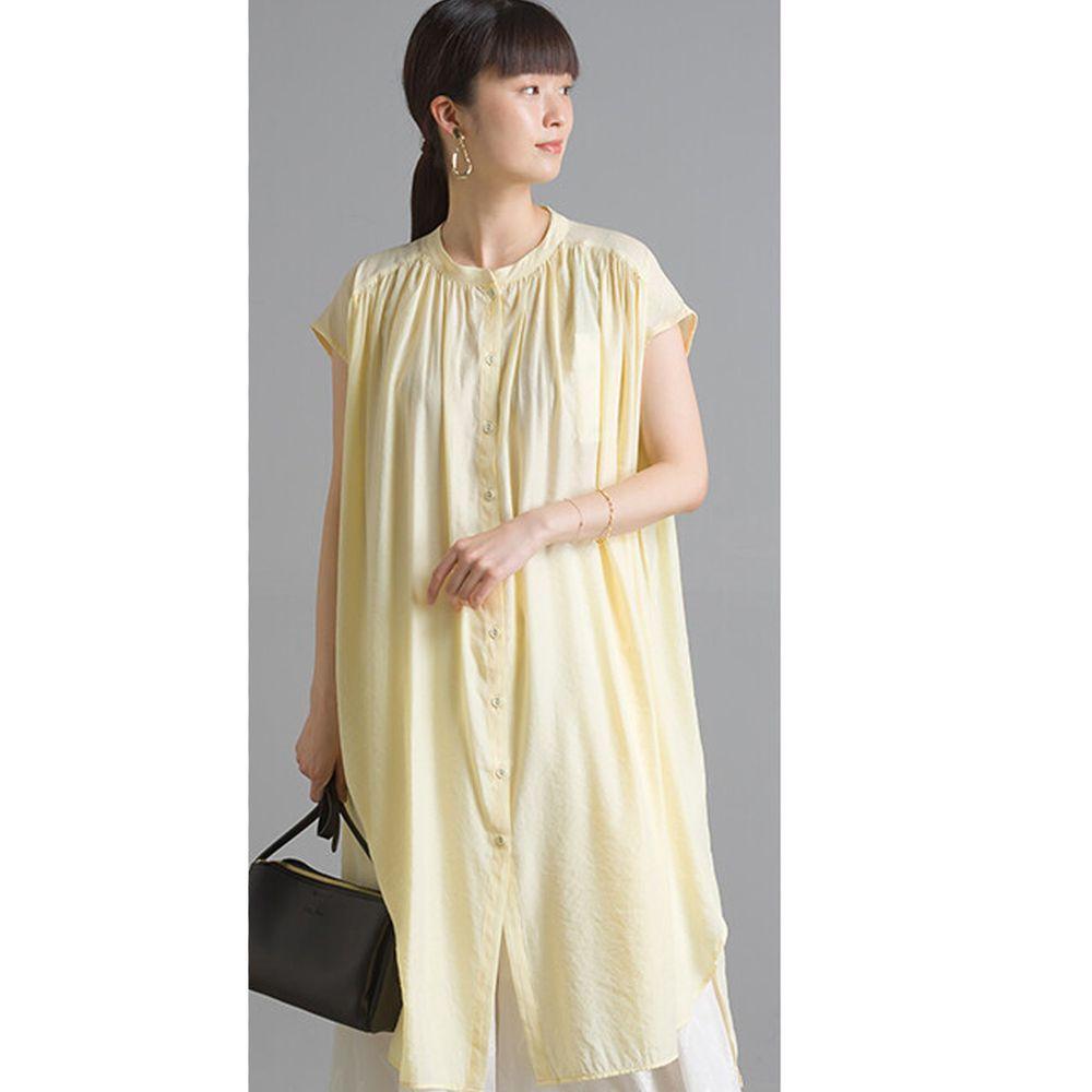 日本 OMNES - 仙氣飄飄光澤感中山領一分袖長版上衣-鵝黃 (Free size)