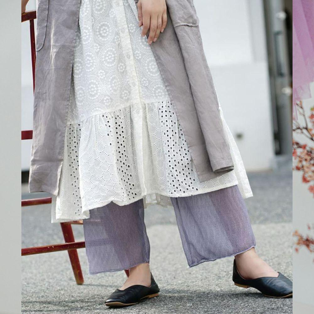 日本 zootie - 時尚透膚層次感穿搭內搭寬版長褲-木耳抓皺-淺藍