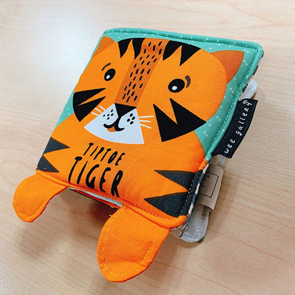 Tiptoe Tiger: Baby's First Soft Book 踮腳走的小老虎:寶寶的第一本布書