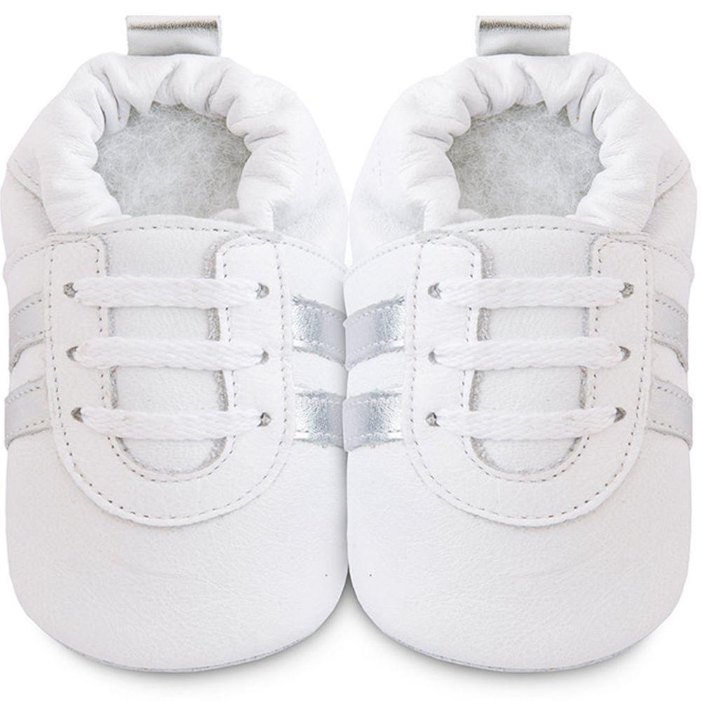 英國 shooshoos - 健康無毒真皮手工鞋/學步鞋/嬰兒鞋/室內鞋/室內保暖鞋-純白銀飾條