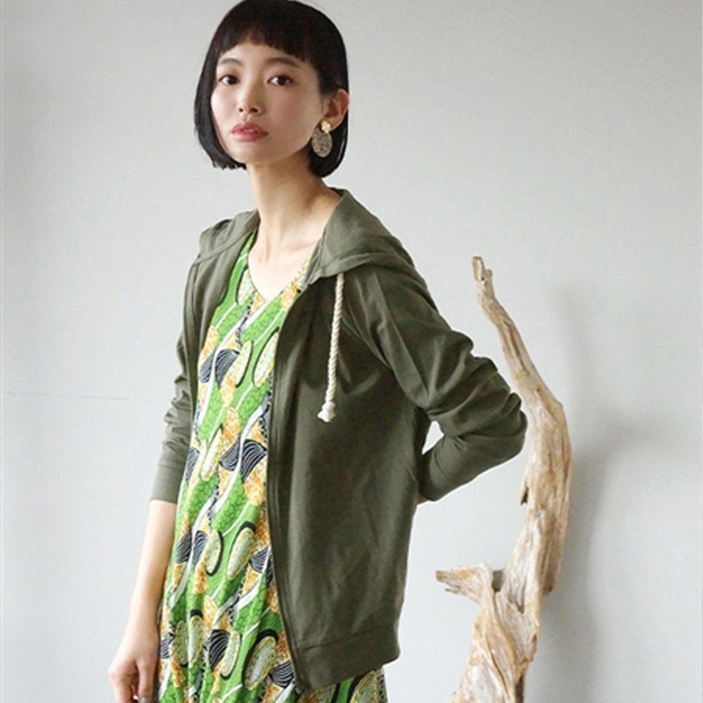 日本 zootie - 撥水X吸水速乾加工 抗透汗純棉防曬連帽外套-墨綠