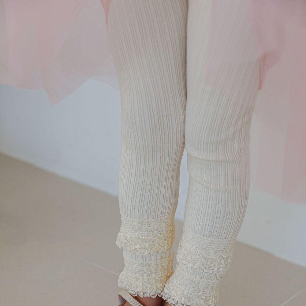 韓國 Mari an u - 雙層蕾絲褲管針織羅紋內搭褲-米白