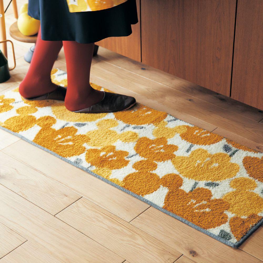 日本千趣會 - 迪士尼 長毛長條型腳踏墊(廚房/臥室)-米奇花園-橘黃
