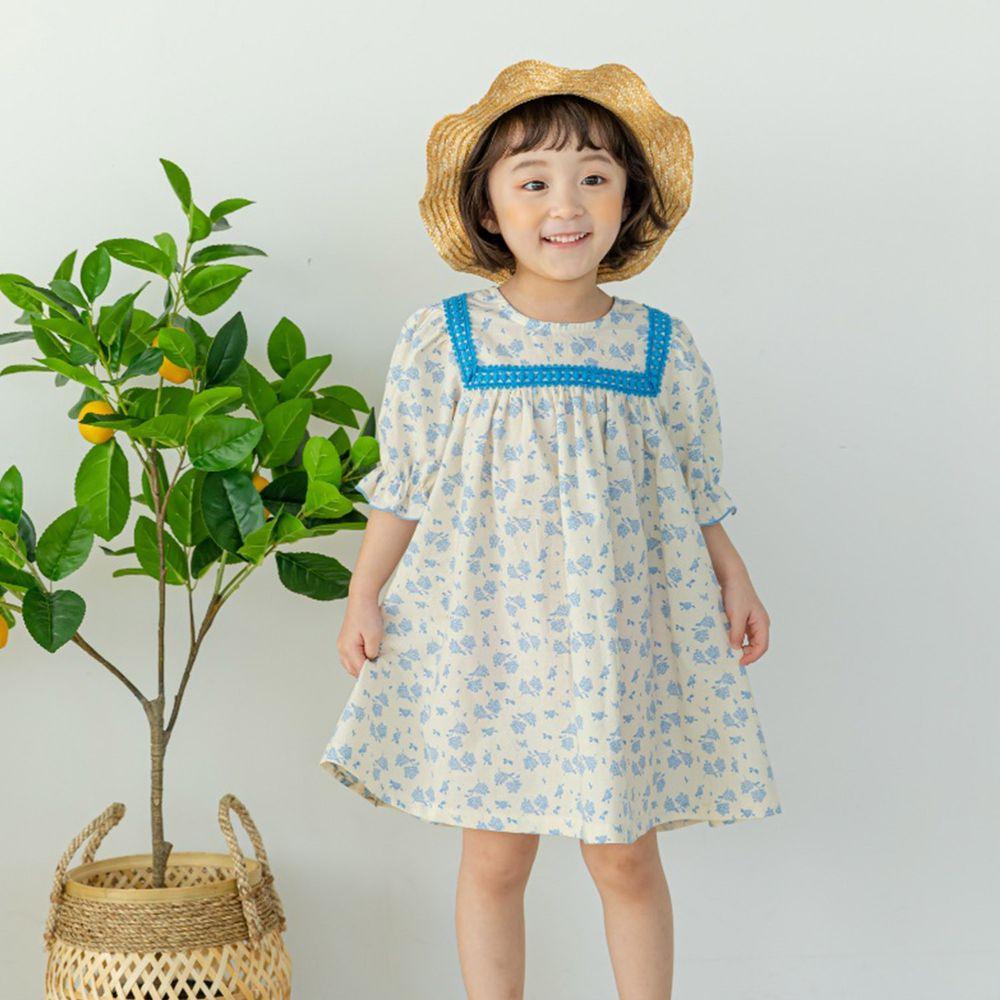 韓國 Orange Mom - 滿版花朵泡泡袖高腰洋裝-天藍