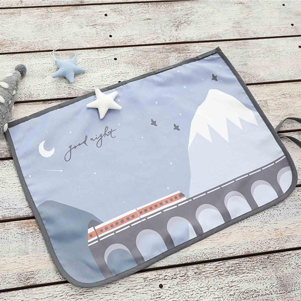 韓國 Bebe Deco - 完美遮光六層磁鐵遮陽窗簾-雪山旅行 (65*45cm)