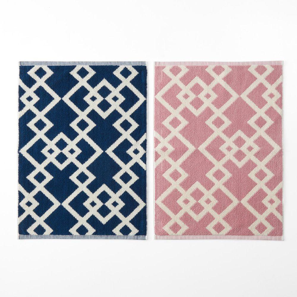 日本千趣會 - 純棉北歐風吸水毛巾腳踏墊(兩入組)-菱形幾何-深藍X粉色系 (45*60cm)
