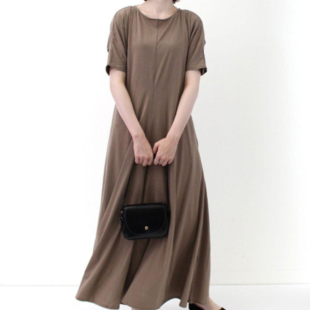 日本 Riche Glamour - 顯瘦抓皺袖美背短袖休閑洋裝-摩卡
