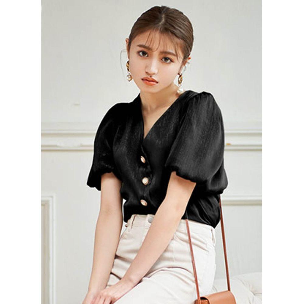 日本 GRL - 古典奢華亮面V領排釦短袖上衣-時尚黑