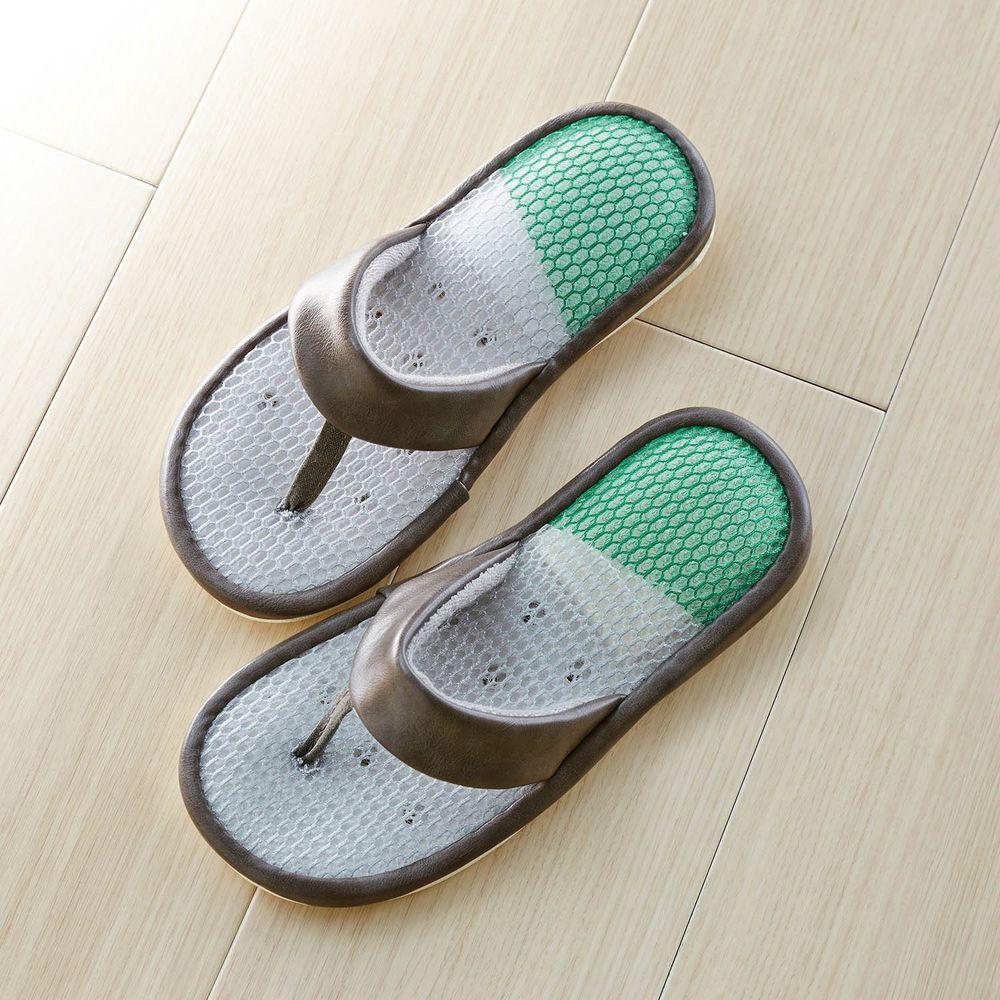 日本千趣會 - 透氣涼爽仿皮革夾腳室內拖-深灰X白綠