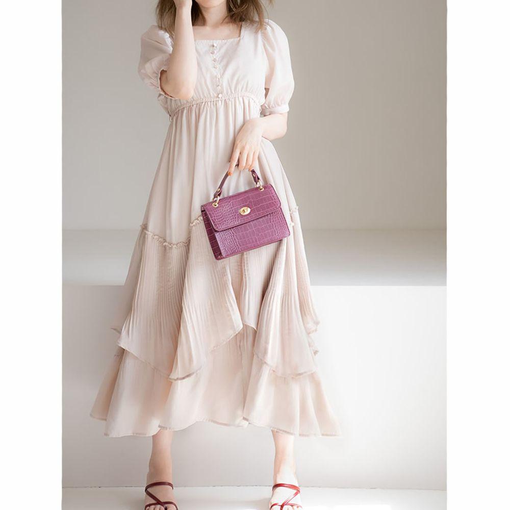 日本 GRL - 明星聯名款 層次感不規則剪裁短袖洋裝-自然米