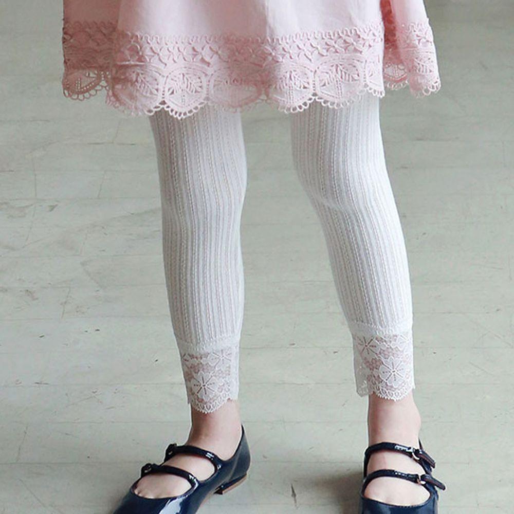 韓國 PuellaFLO - 蕾絲花瓣針織薄內搭褲-象牙白