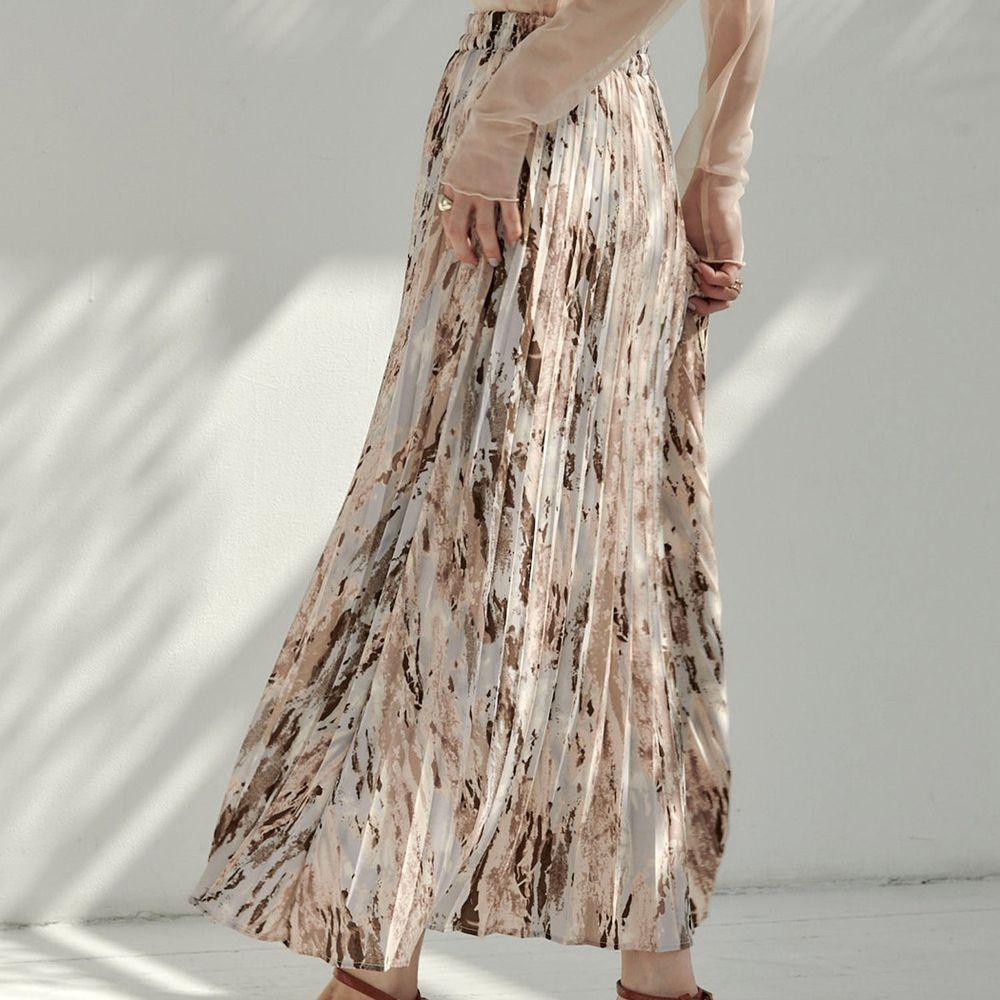 日本 Riche Glamour - 文藝油彩百褶長裙-杏咖