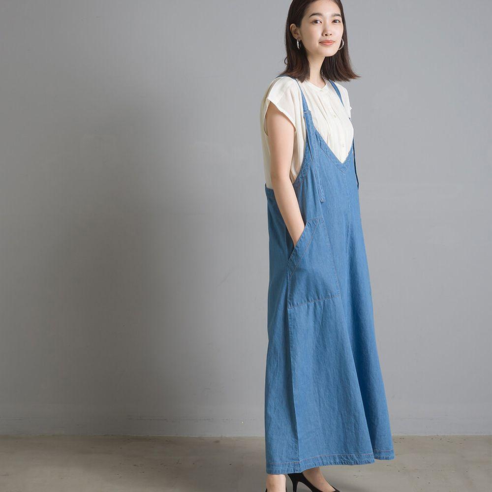 日本女裝代購 - V 領輕量丹寧吊帶裙-淺藍 (Free size)