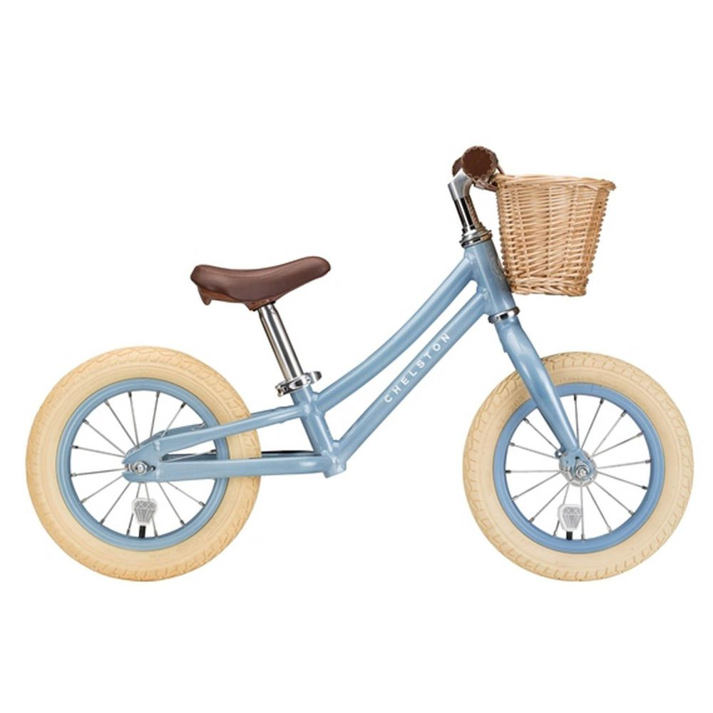Chelston bikes - Mini Dutch 復古滑步車-晨霧藍-滑步車 x 1 , 手工編織竹籃 x 1 , 麻料內襯  x 1 , 3 歲以下專用ABS氣嘴蓋 x 1