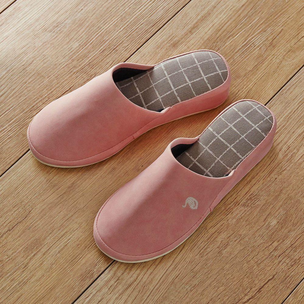 日本千趣會 - 耐髒汙皮質低跟室內拖(北歐圖騰)-天鵝-嫩粉