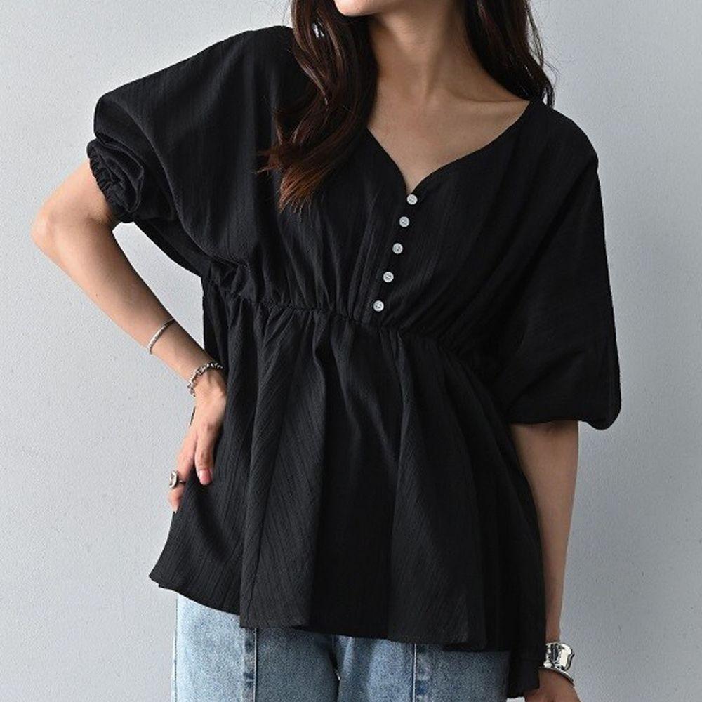 日本 ELENCARE DUE - 純棉 浪漫V領縮腰五分袖上衣-黑