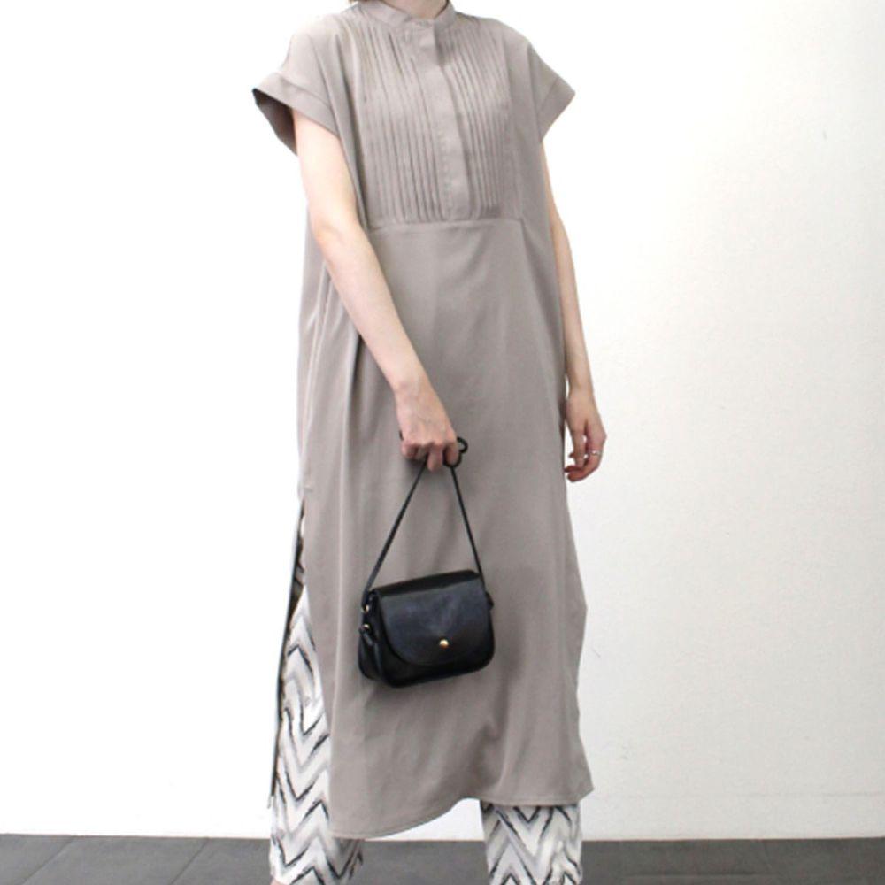 日本 Riche Glamour - 胸口小百褶設計一分袖洋裝-杏