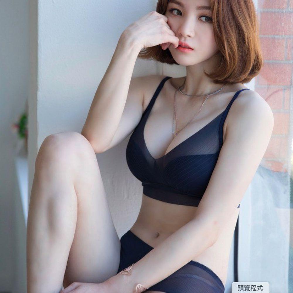韓國Comfort Lab - F.透視集中托高款無鋼圈內衣-藍-贈內褲(請備註尺寸,款式隨機)