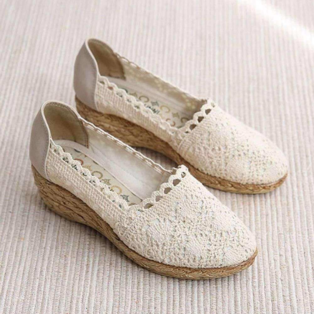 韓國 Dangolunni - 浪漫蕾絲械型包鞋(5cm高)-杏