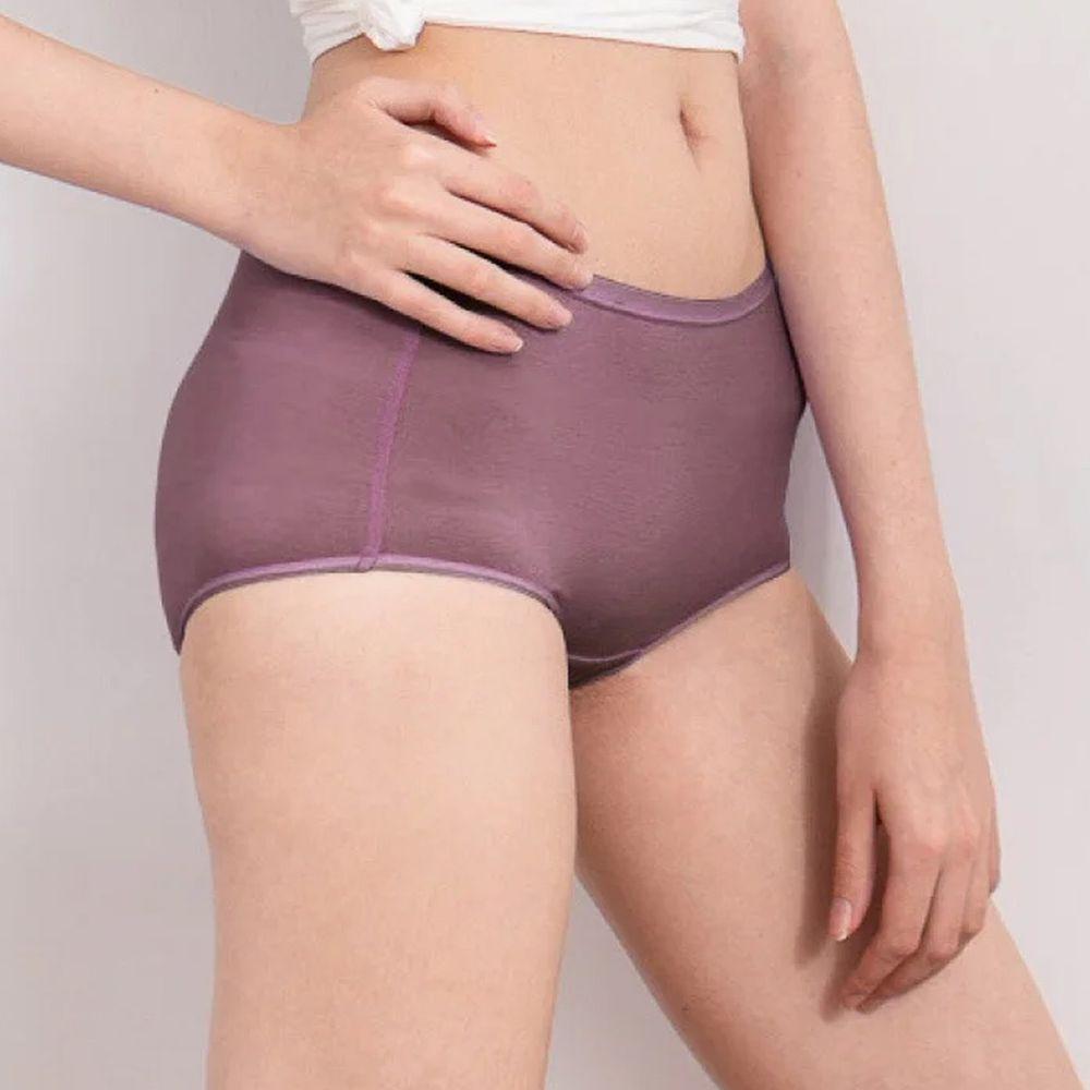 貝柔 Peilou - 天絲棉舒膚平衡女三角內褲-中腰-深紫
