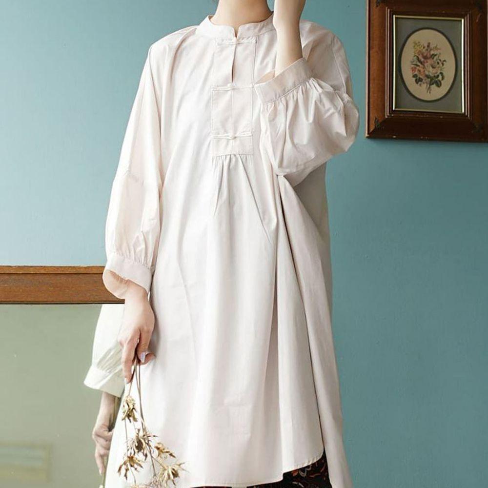 日本 zootie - 微光澤質感中山領釦長袖洋裝-米