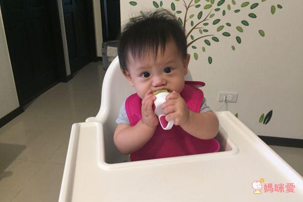 美國OXO tot 寶寶咬好滋味奶嘴
