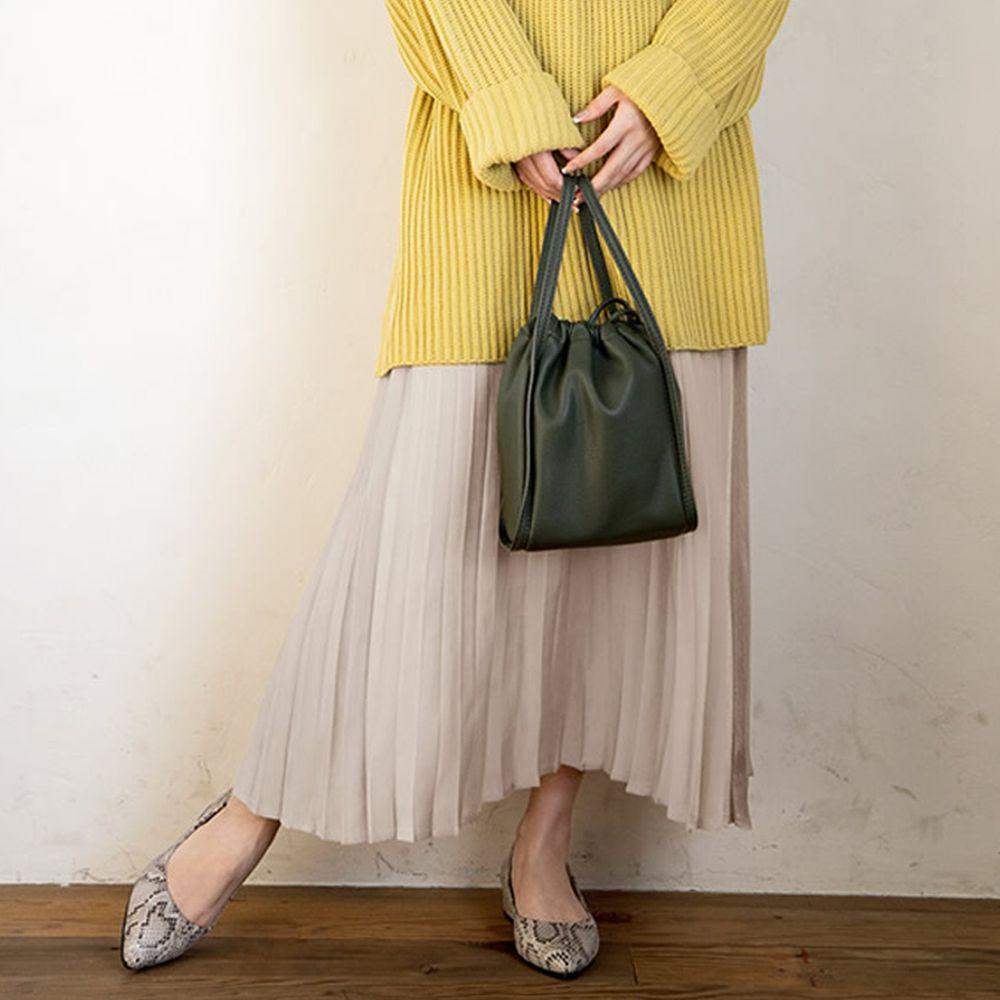 日本 GRL - 明星聯名款 光澤感緞面百褶長裙-米白