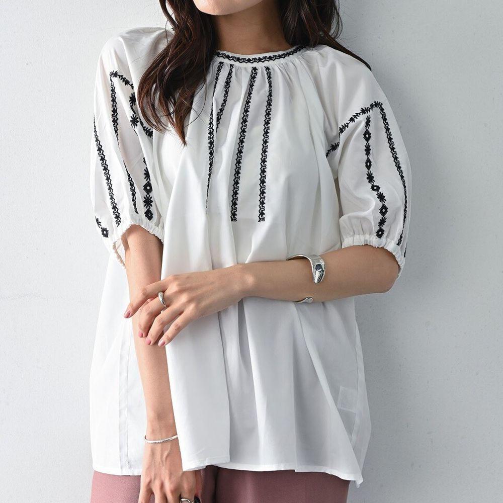 日本 ELENCARE DUE - 五分袖刺繡圓領上衣-白