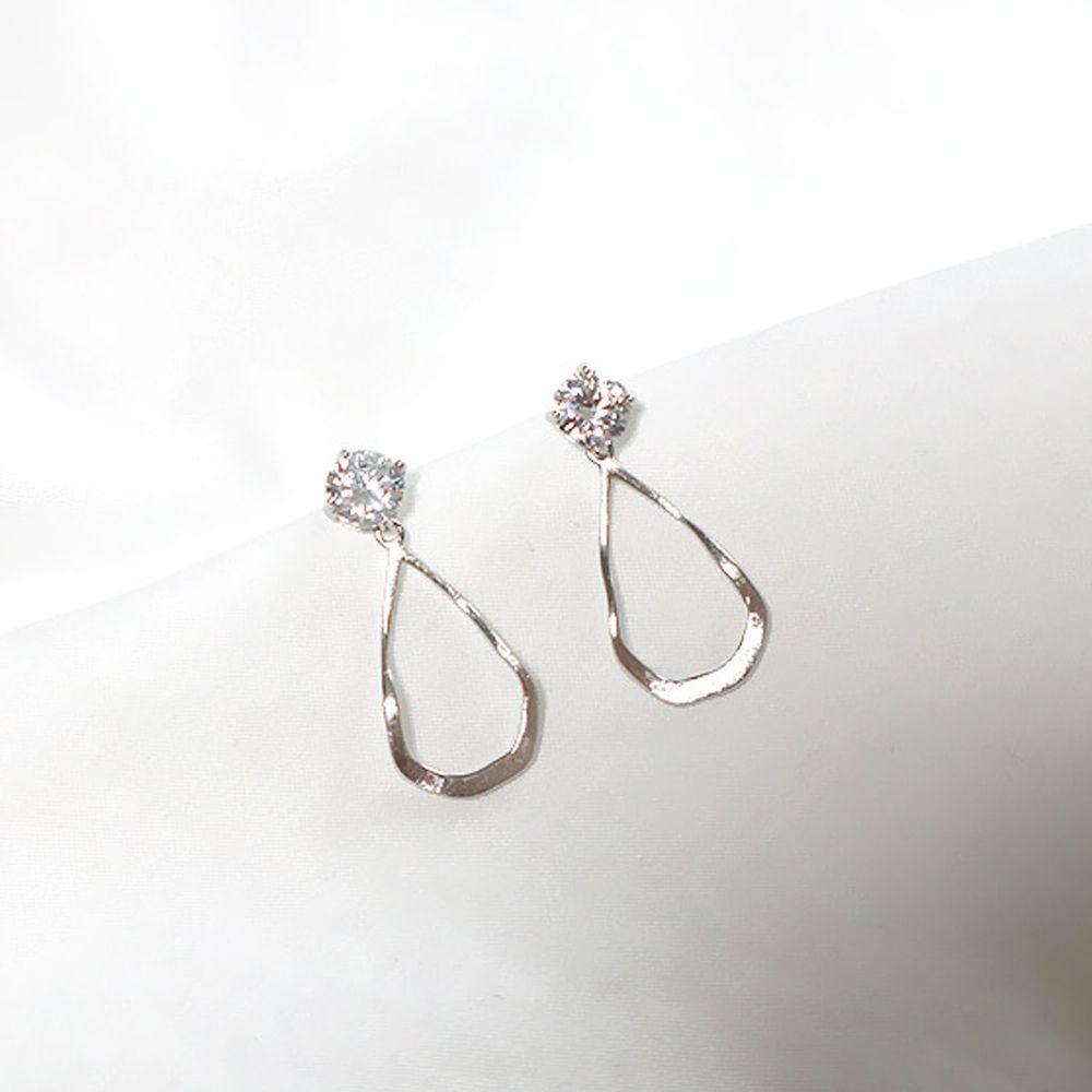 韓國製 - (925純銀)趙寶兒同款耳環-水滴水晶-銀