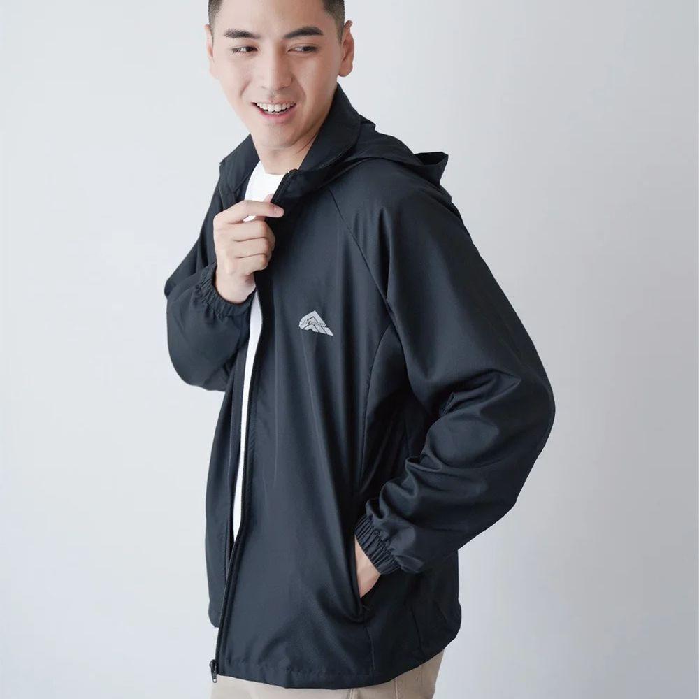 貝柔 Peilou - 貝柔防風防潑水輕量連帽外套(男)-黑
