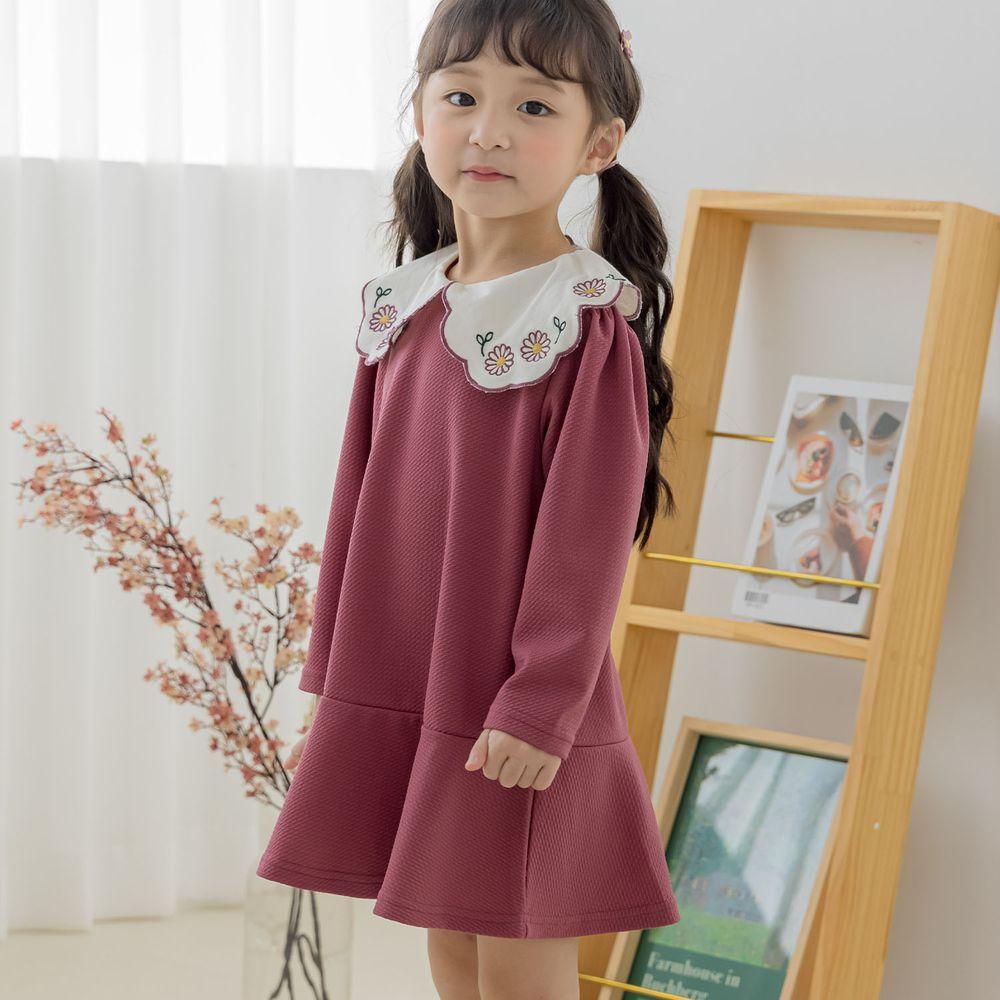 韓國 Orange Mom - 繡花領針織洋裝-酒紅