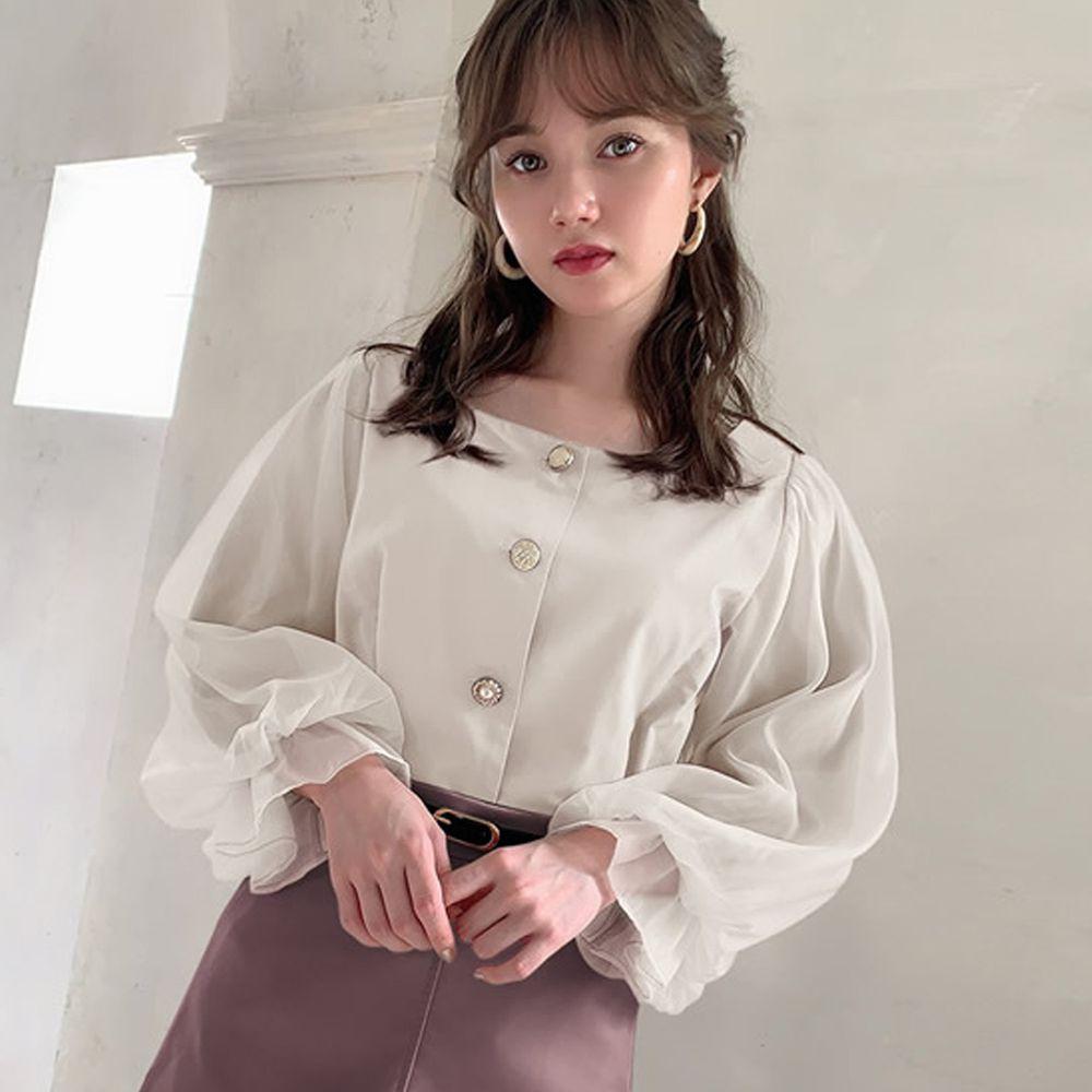 日本 GRL - 方領排釦薄紗澎澎袖上衣-天使白