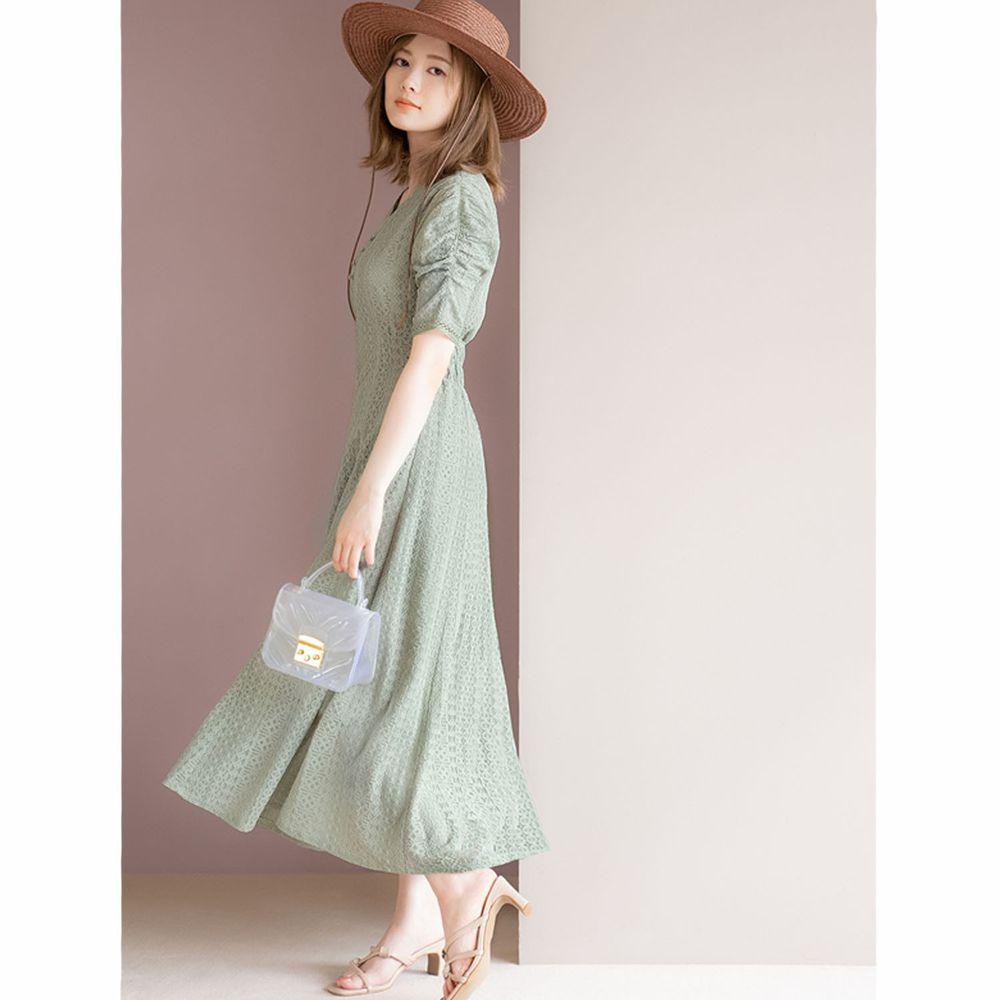 日本 GRL - 明星聯名款 復古蕾絲雕花短袖洋裝-清新綠