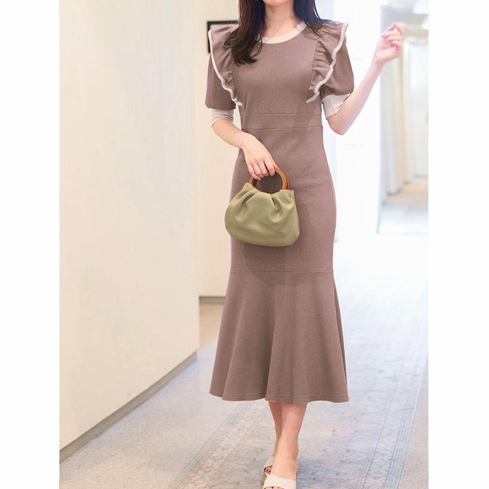 日本 GRL - 配色設計荷葉邊修身魚尾短袖洋裝-摩卡棕