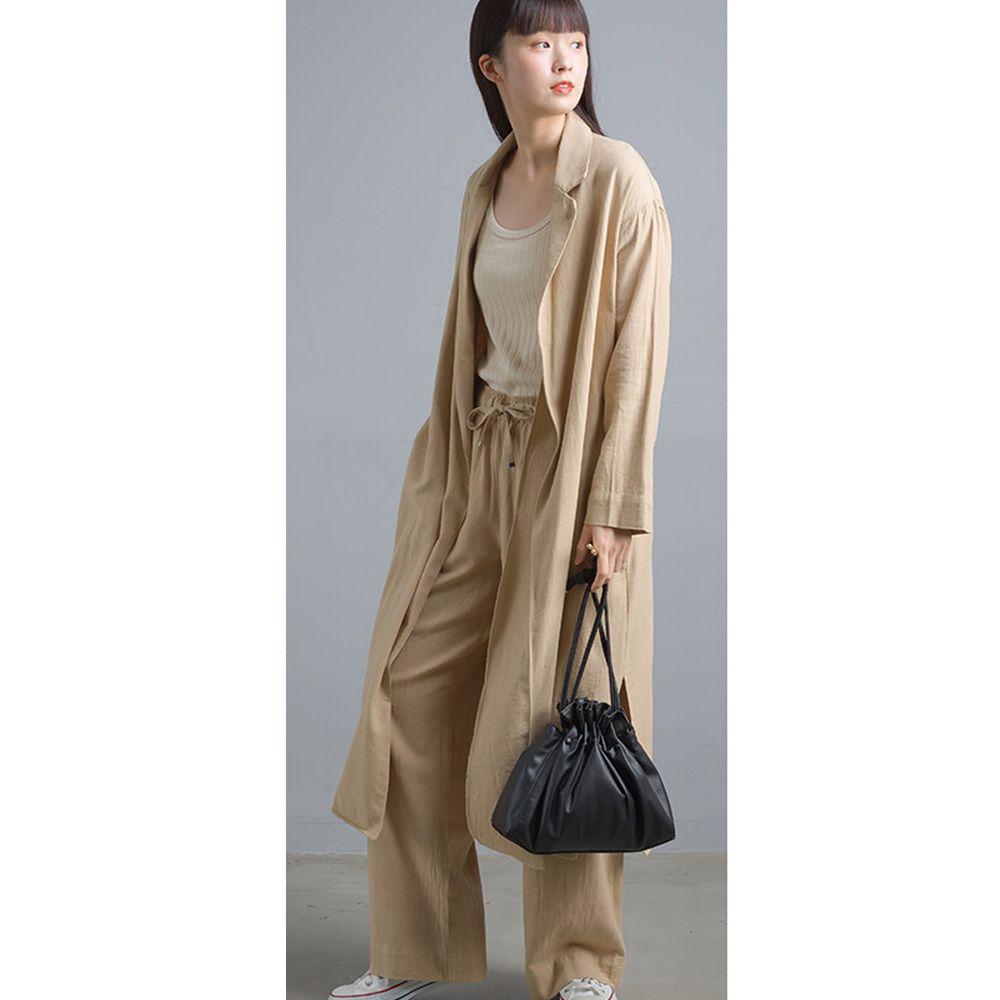 日本女裝代購 - 質感棉麻長版風衣外套-淺杏