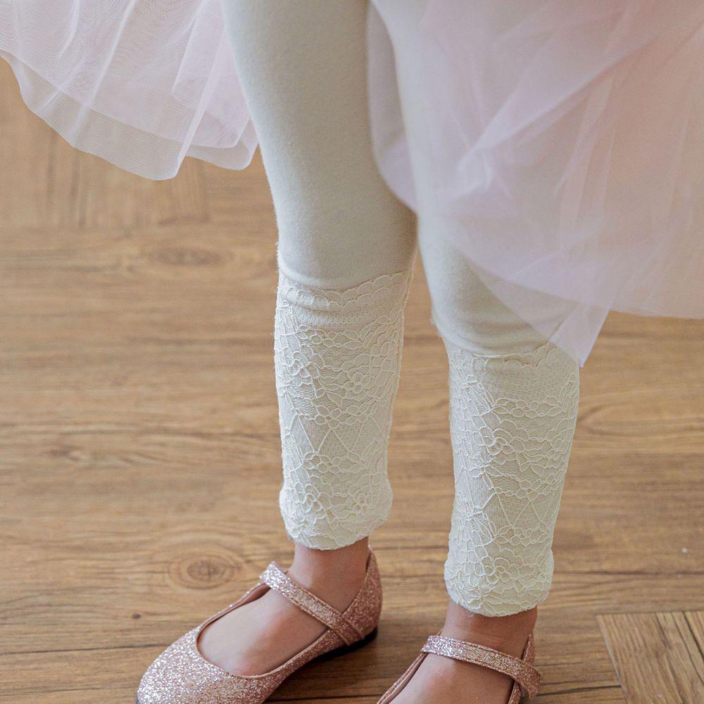 韓國 Mari an u - 華麗蕾絲花朵內搭褲-米白