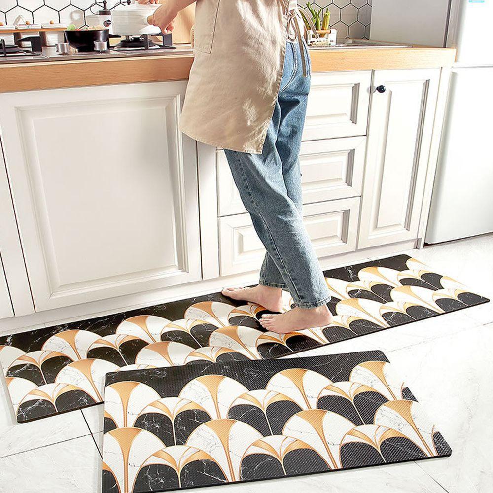 廚房仿皮革PVC防水腳踏墊-黑白拱門